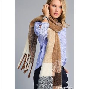 Accessories - Soft Oblong Plaid Scarf